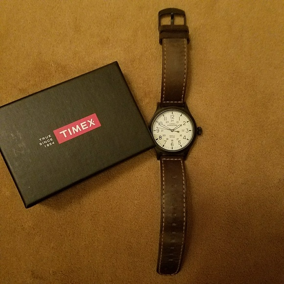 6993ded33ad8 Mens Timex Expedition watch. M 5bb4327c04e33d0f2411f2fb